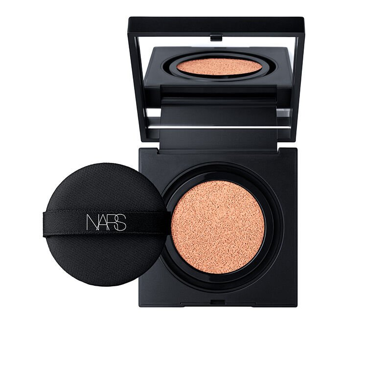 Natural Radiant Longwear Cushion Foundation SPF 50 PA+++, NARS Face